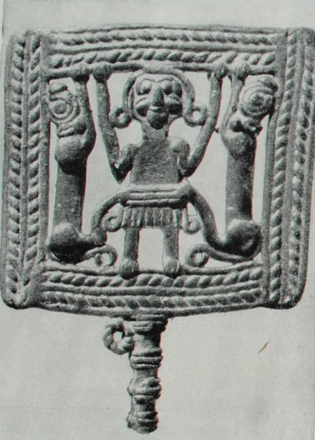 Деталь конского убора. Луристан. Вторая половина II тысячелетия до н.э. Бронза.