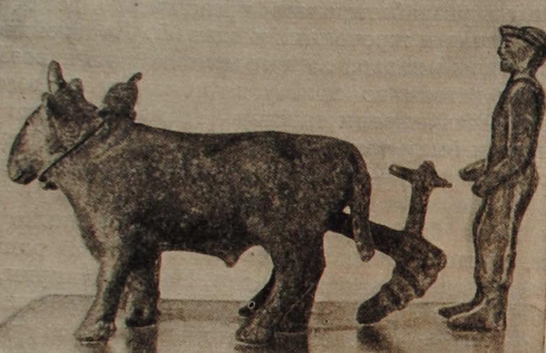 Пахарь. Этрусская статуэтка. около 400 г. до н.э. Бронза.